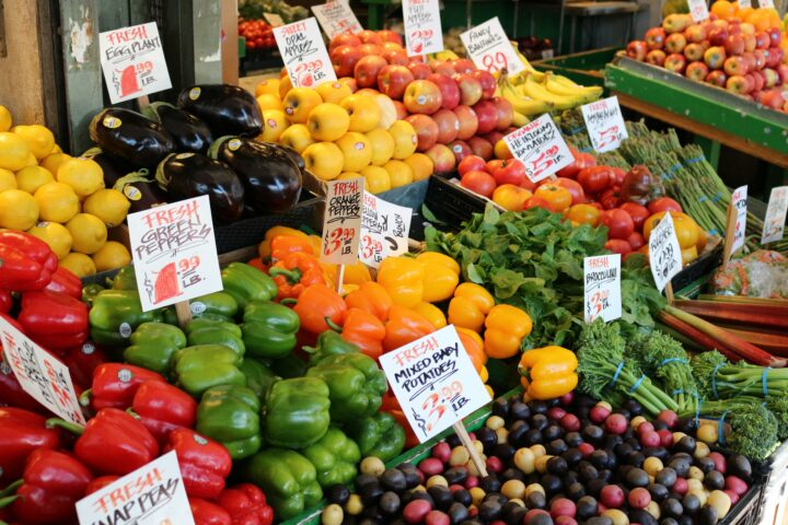 Farmer's market from Stephy Miehle on Unsplash